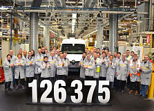 Renault's Batilly plant sets production records