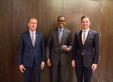 Developing new market potentials: Volkswagen plans integrated mobility concept in Rwanda