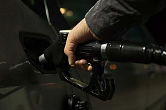 Fuel price again rescued by oil weakness