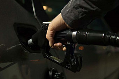 Fuel to tick up as oil prices firm
