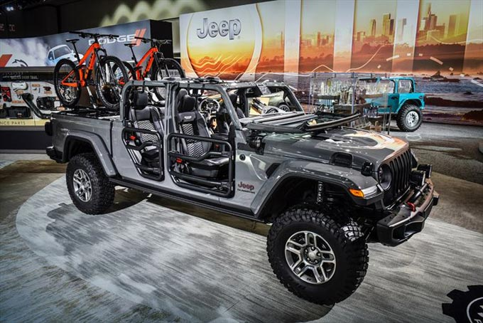 Ready for Battle: Mopar to Offer 200-plus Products for All-new 2020 Jeep Gladiator