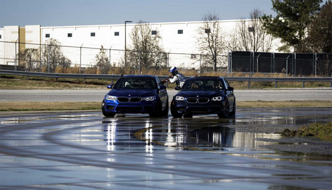 BMW sets two GUINNESS WORLD RECORDS™ for drifting in the new BMW M5