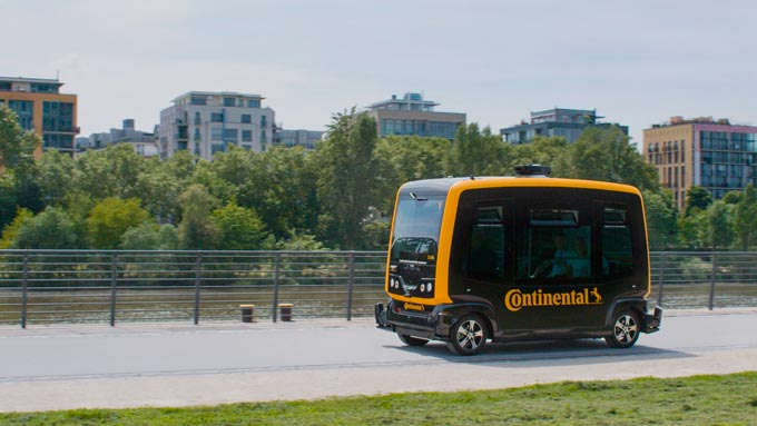 CES 2019 - Continental's Vision: Seamless Mobility Combines Autonomous Shuttles and Delivery Robots