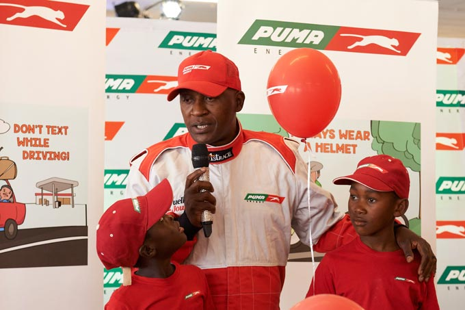 Phillip Kekana asking the kids to share their BeRoadSafe tips