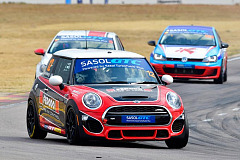 Three podiums for Signature Motorsport MINI team