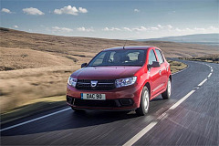 More accolades for Dacia SANDERO and Renault ZOE at What Car? Awards 2018