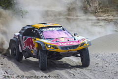 Mr. Dakar cruises on - Peterhansel consolidates the lead
