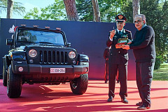 Italian Carabinieri takes delivery of liveried Jeep® Wrangler