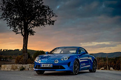 Alpine A110 awarded Five-Star Car status at Autocar Awards 2018