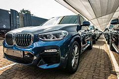 First BMW X3s leave BMW Group Plant Rosslyn for export to Europe