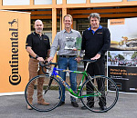 Fat Tracks MTB Club Donates Malcolm Lange's Race-Winning Bike to Continental Tyre SA