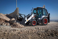 The Bobcat B730 delivers the power that customers need for the most demanding agricultural applications.