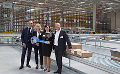 From left: Hakan Bicil, CEO Imperial Logistics International; Astrid Lühring, Member of the Management Board of Volkswagen Group Logistics; Beatrice Liedtke, Site Manager Wilhelmshaven, Imperial Logistics International; Frank Leweling, Head of Project Management BTS, Panattoni Europe) Photo credit: Imperial Logistics