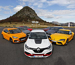 New MEGANE R.S. TROPHY-R voted Sports Car  of the Year by Echappement magazine