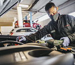 Owners of older vehicles can now benefit from the technical know-how of Isuzu technicians like Allastair Godwin Kleinhans of Reeds N1 City in Cape Town when they service their dealers at an approved Isuzu Dealership.