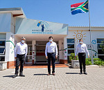 (L – R): Ikhwezi Lomso ECD Centre manager Dominic Swartz, Volkswagen Group South Africa Chairman and Managing Director Dr Robert Cisek, and VWSA Community Trust manager Vernon Naidoo.